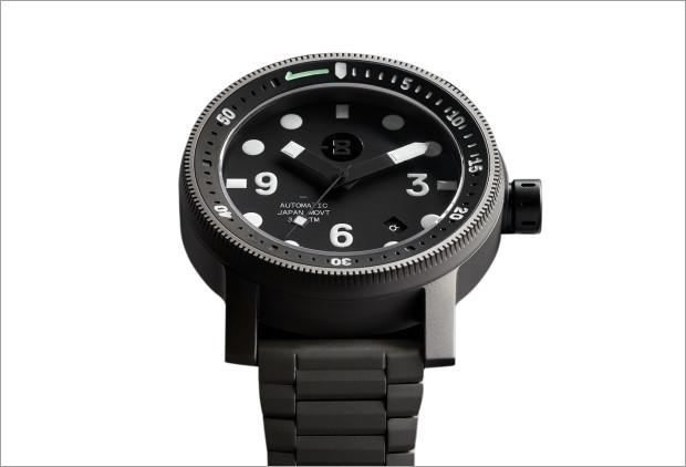 Minus-8-Diver.jpg