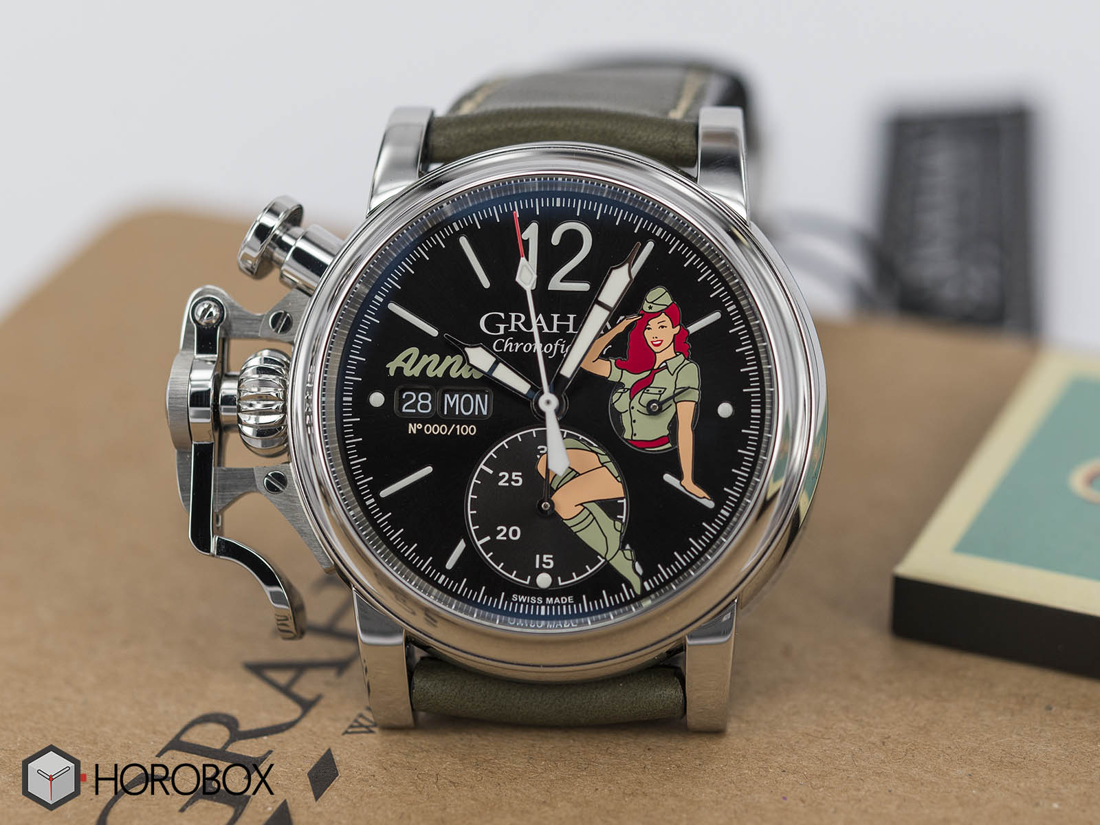 graham-chronofighter-vintage-nose-art-ltd-2.jpg