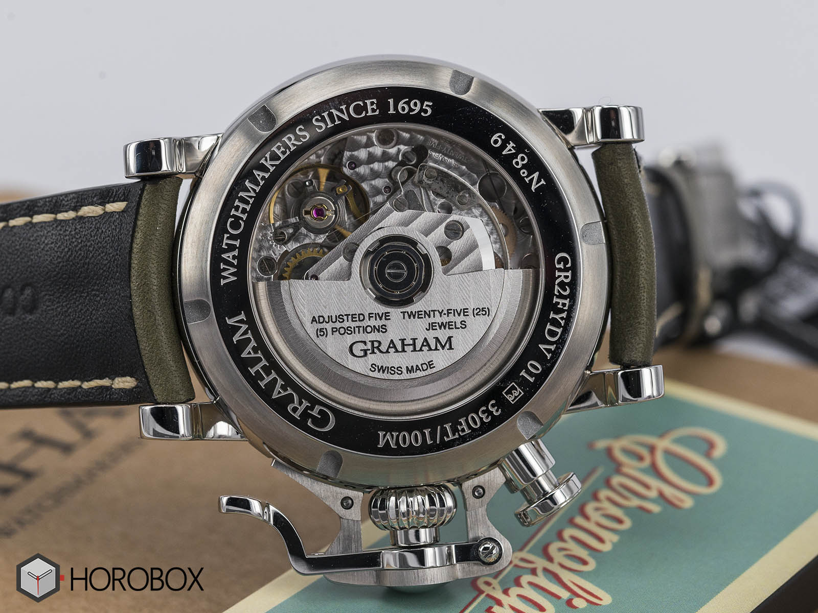 graham-chronofighter-vintage-nose-art-ltd-5.jpg