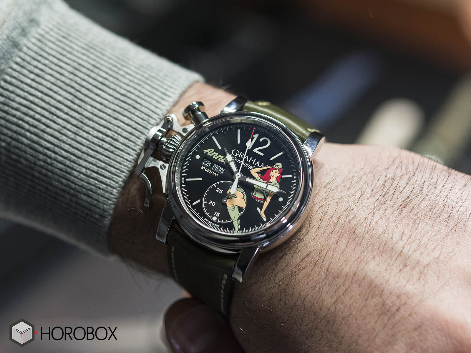 graham-chronofighter-vintage-nose-art-ltd-8.jpg
