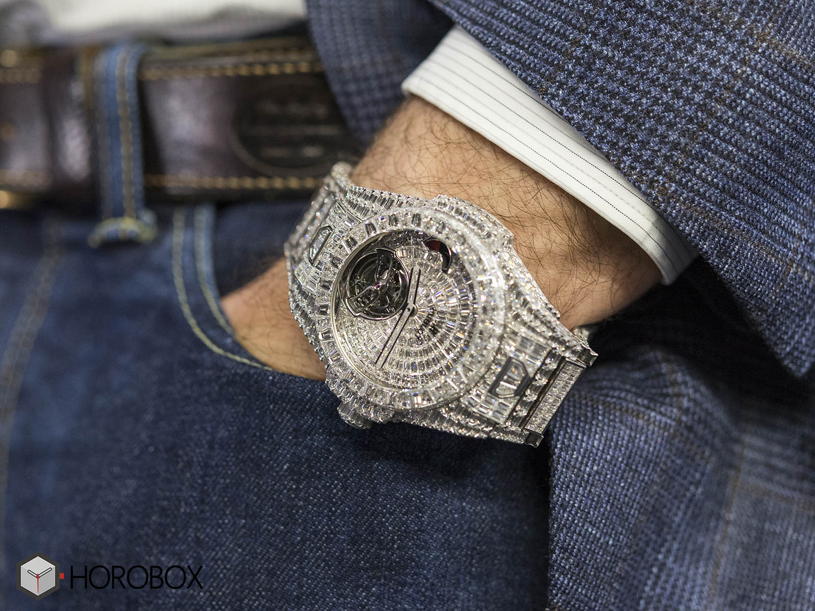 hublot-big-bang-full-diamond-4.jpg