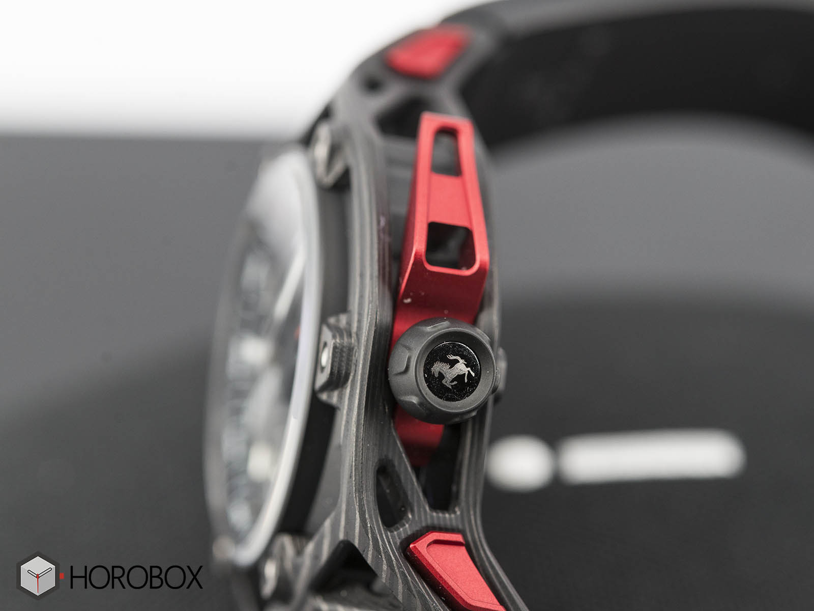 hublot-techframe-ferrari-70-years-tourbillon-chronograph-5-.jpg