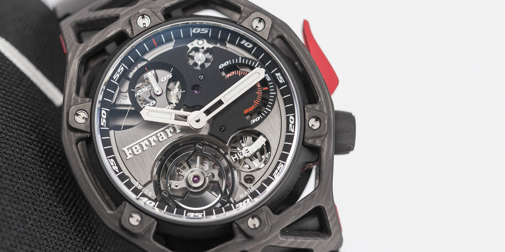 hublot-techframe-ferrari-70-years-tourbillon-chronograph-8-.jpg