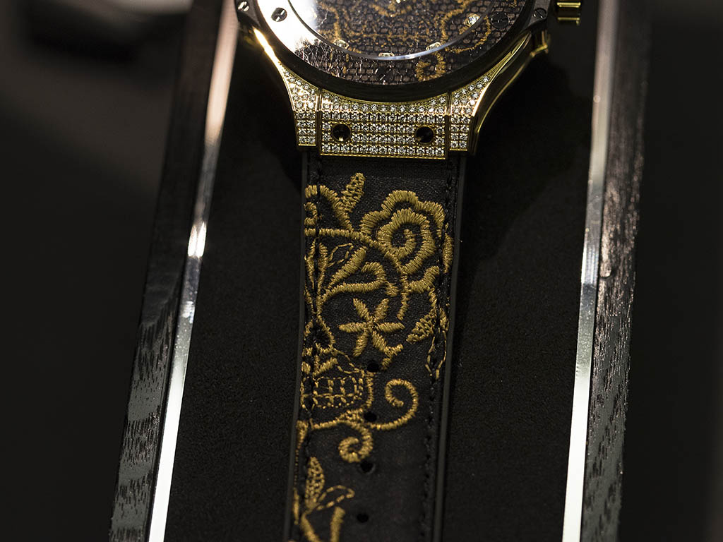 hublot_butik_Broderie_Yellow_Gold_Diamonds_2.jpg