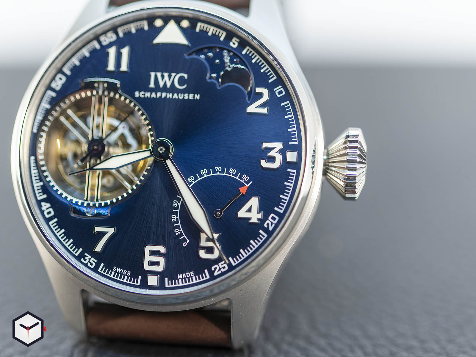 iw590302-iwc-big-pilot-s-watch-constant-force-tourbillon-edition-le-petit-prince-4.jpg