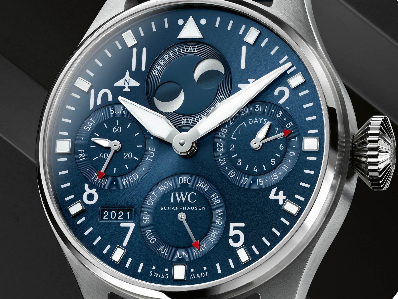 iw503605-iwc-big-pilot-s-watch-perpetual-calendar-3.jpg