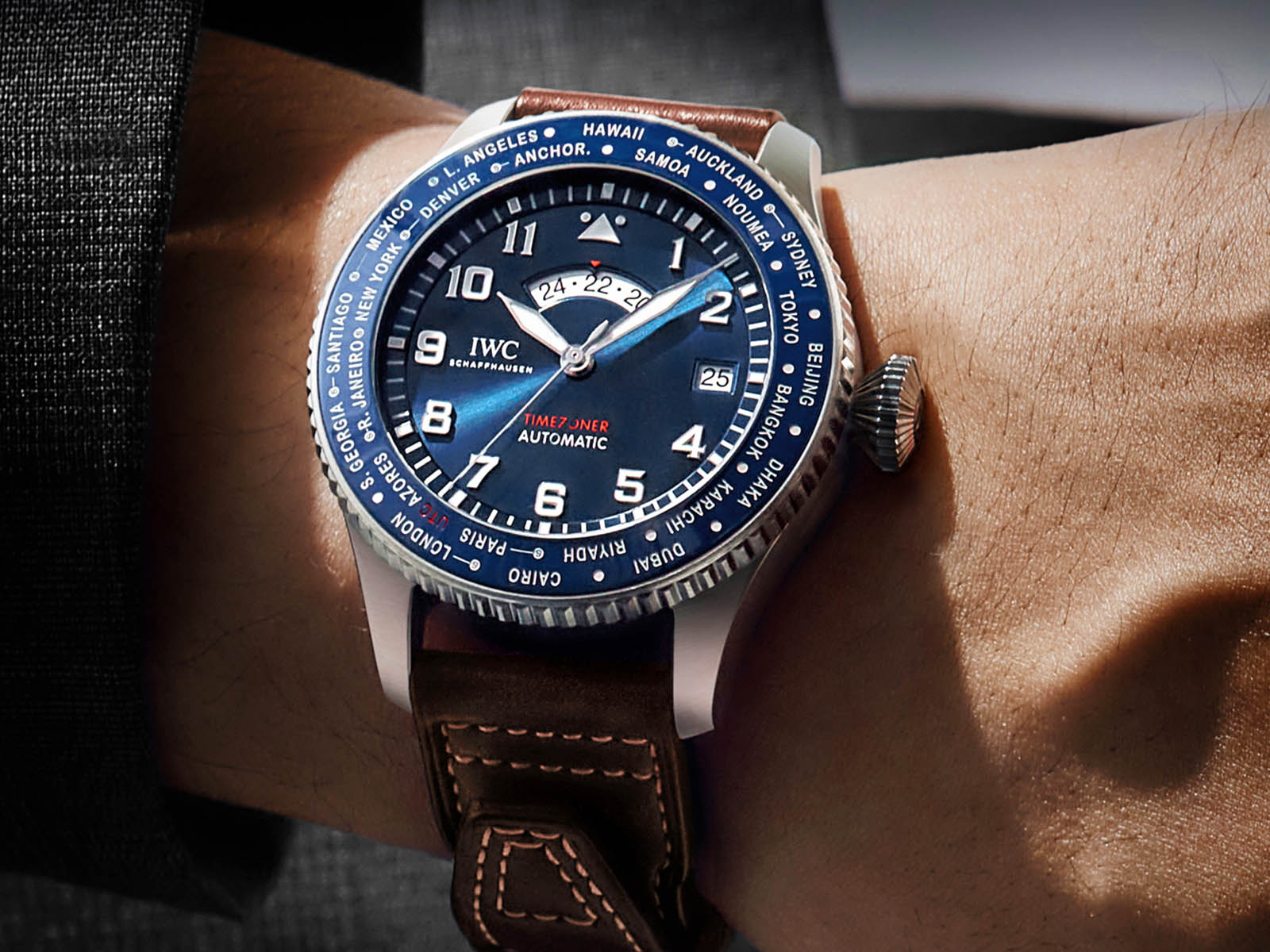 iw395503-iwc-pilot-s-watch-timezoner-edition-le-petit-prince-8.jpg