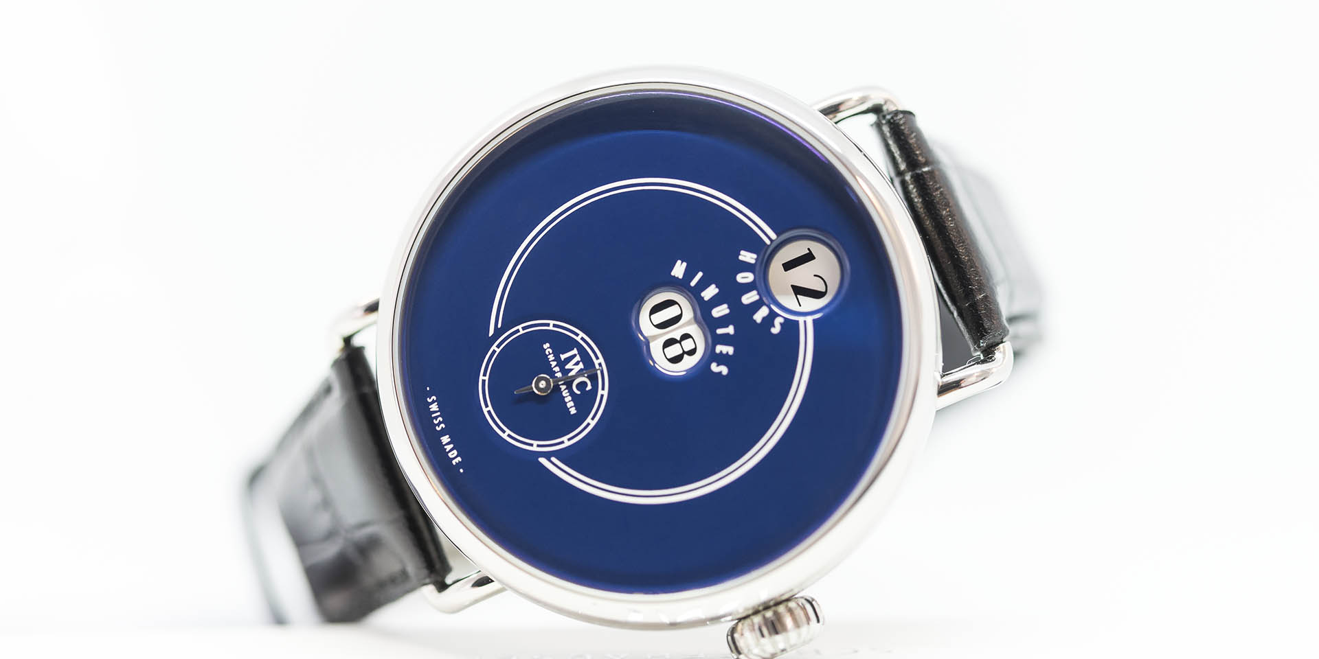iw505003-iwc-tribute-to-pallweber-edition-1.jpg