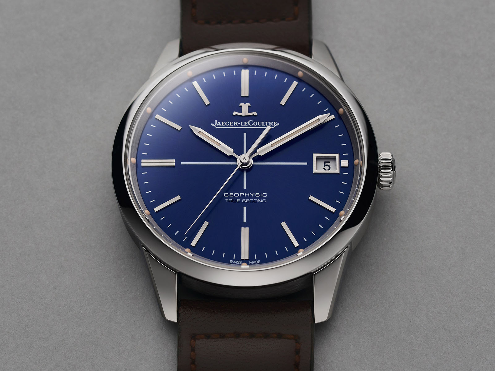 jaeger-lecoultre-geophysic-true-second-blue-6.jpg