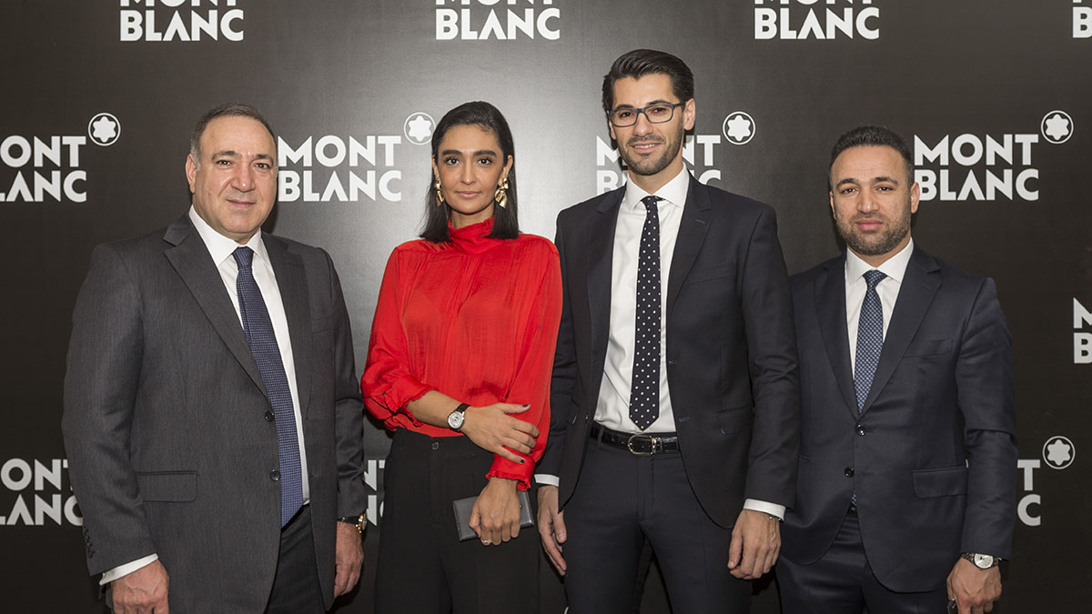montblanc-black-and-white-rotap-saat-kapak-2.jpg