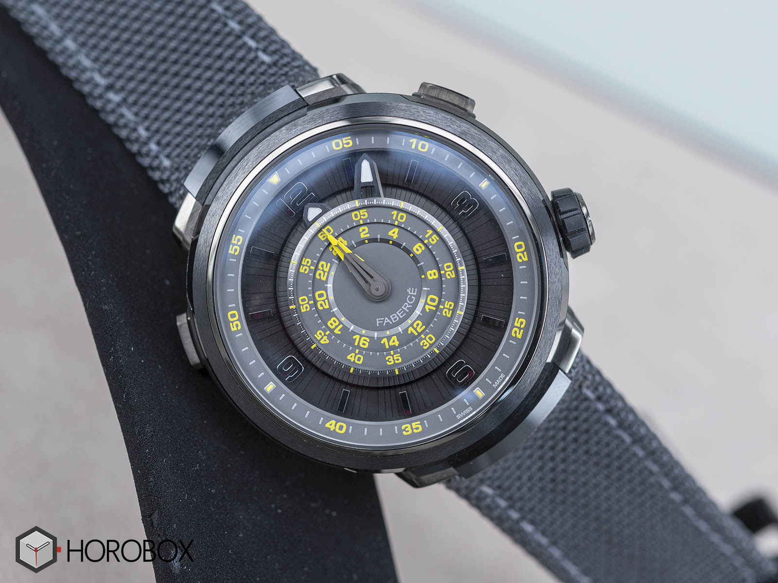 faberge-visionnaire-chronograph-onlywatch-1.jpg