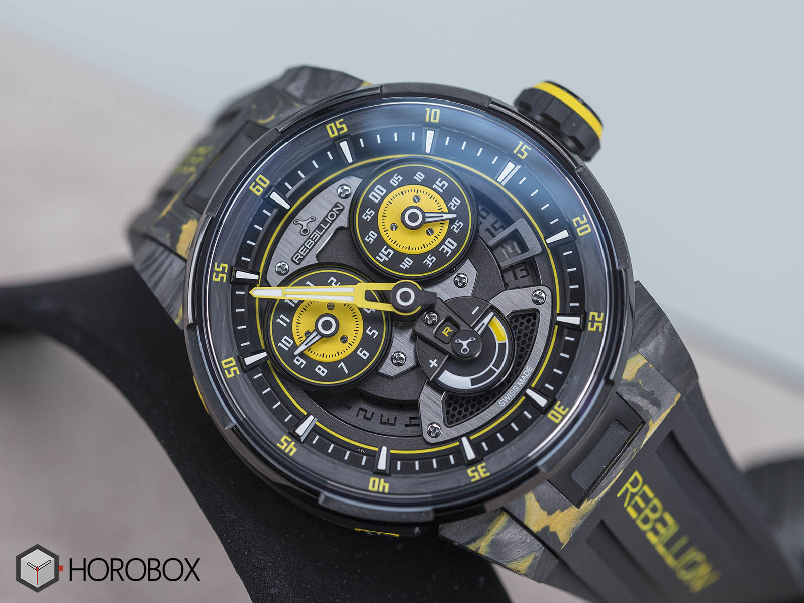 rebellion-predator-regulator-power-reserve-sebastian-buemi-edition-only-watch-1.jpg