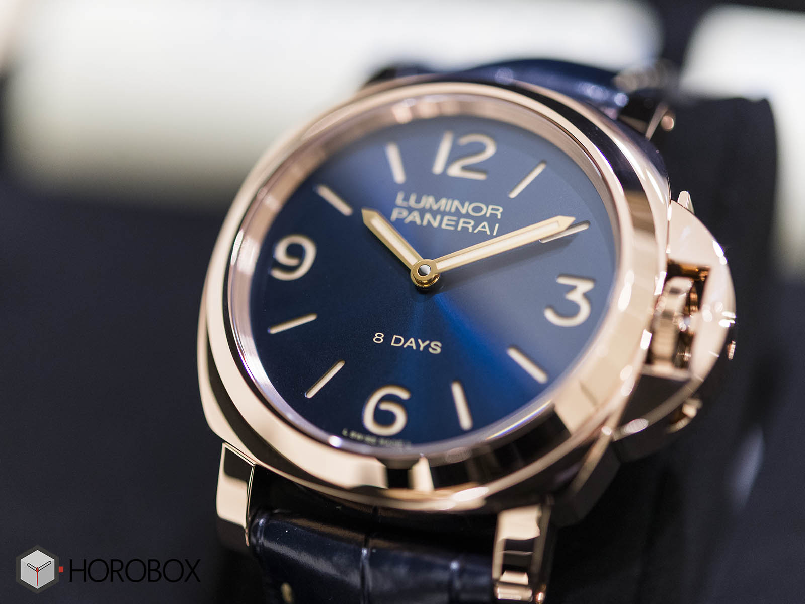 officine-panerai-luminor-pam00717-3.jpg