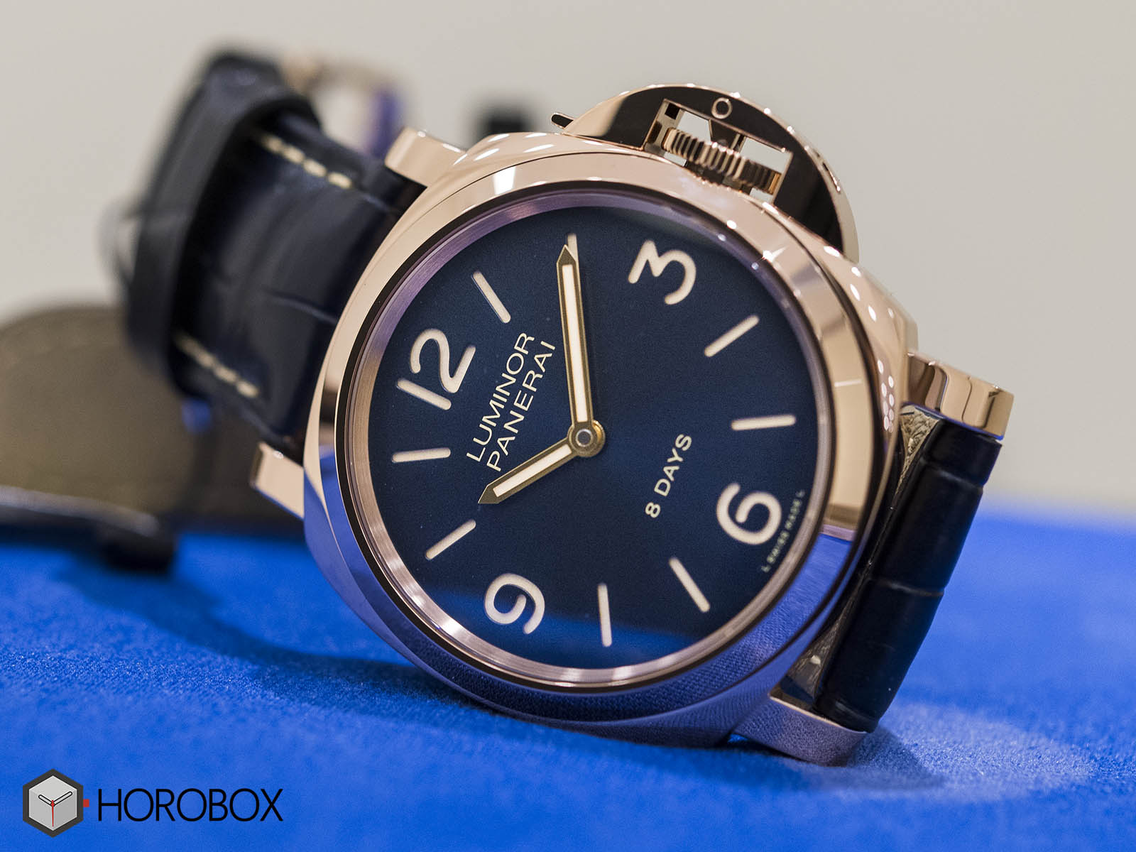 officine-panerai-luminor-pam00717-4.jpg