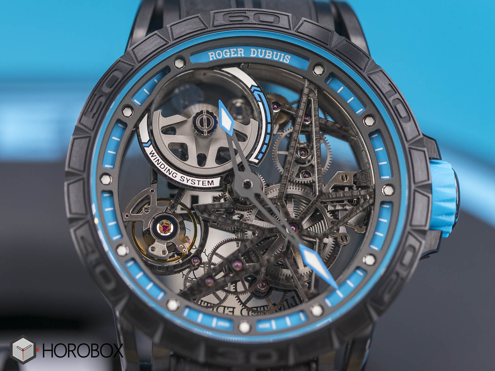 roger-dubuis-excalibur-spider-pirelli-ref-RDDBEX0575.jpg