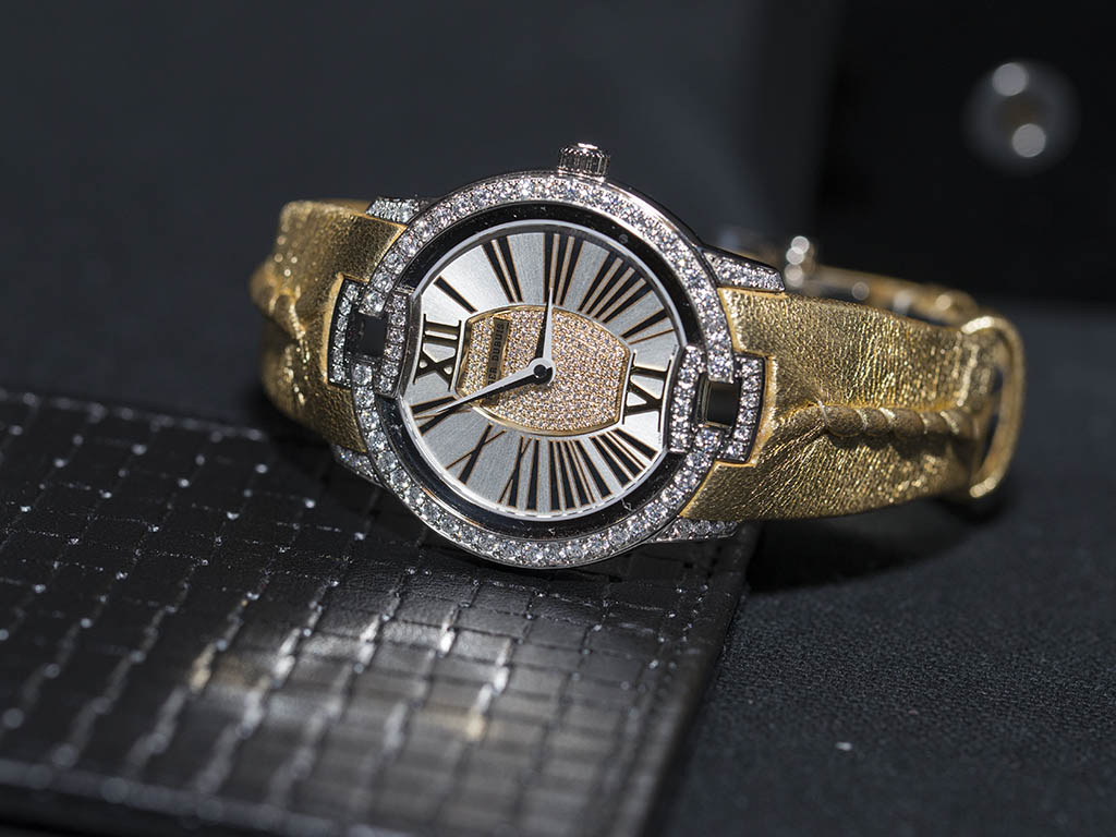 roger-dubuis-sihh-2016-image1.jpg