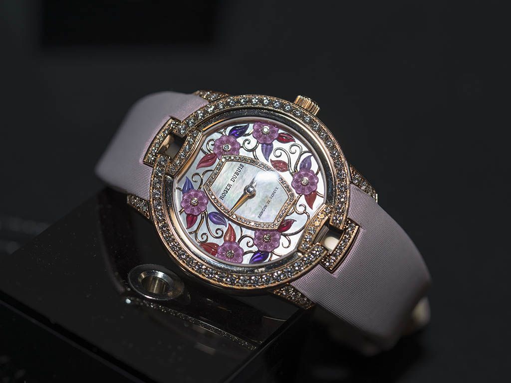 roger-dubuis-sihh-2016-image2.jpg