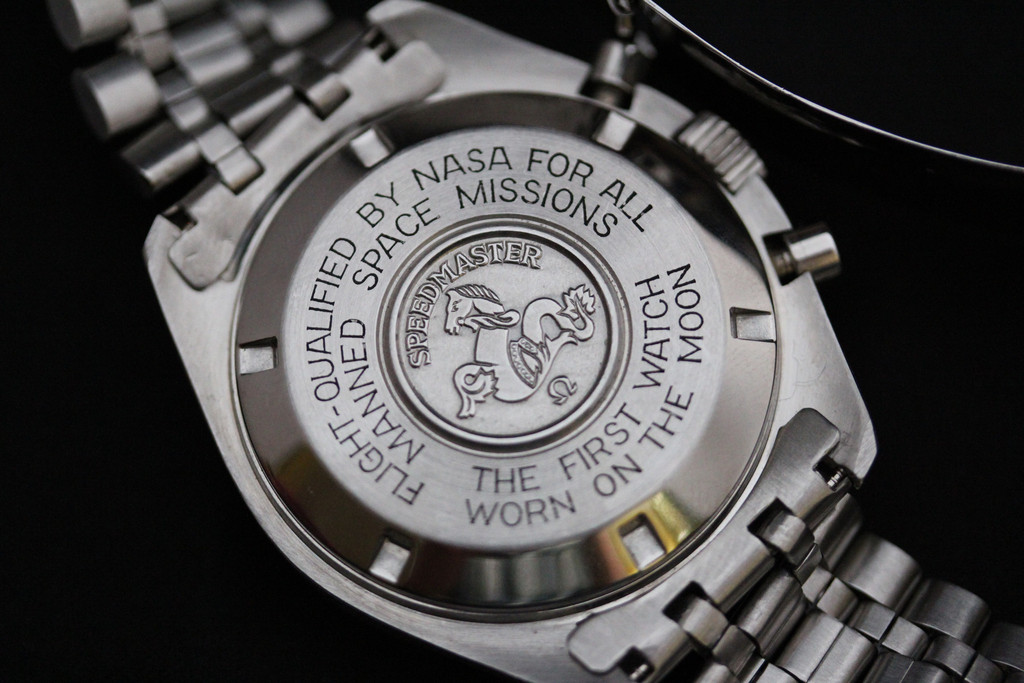 omega-speedmaster-cal-861-first-on-the-moon-case.jpg