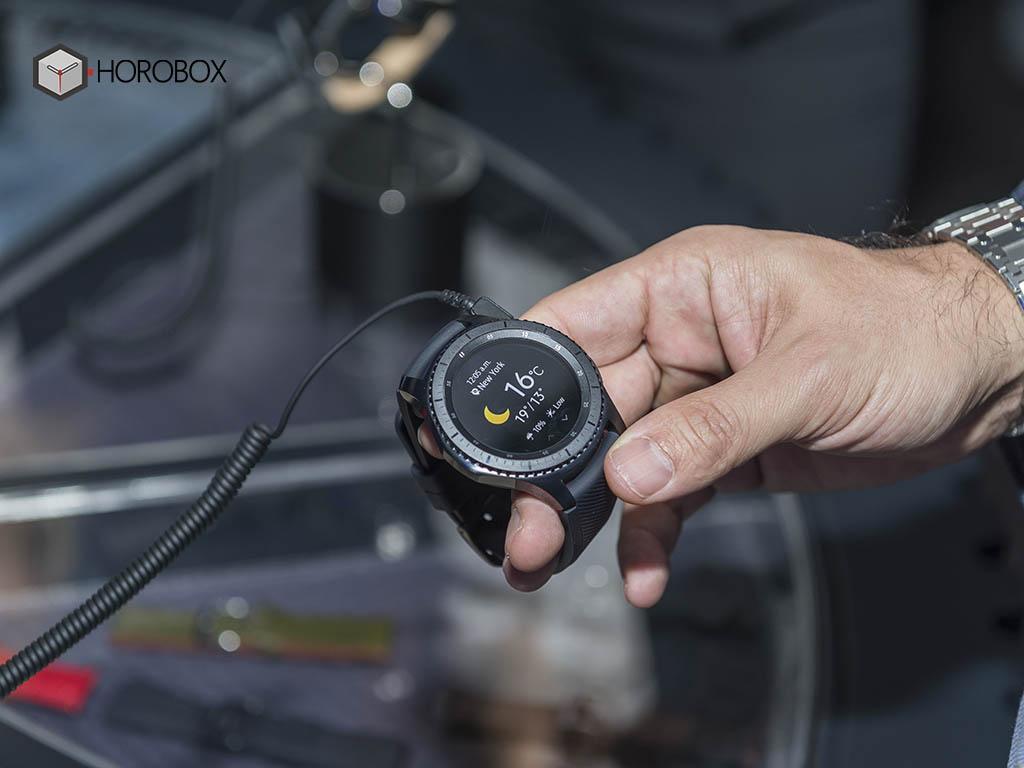 samsung-gear-s3-smartwatch-11-.jpg