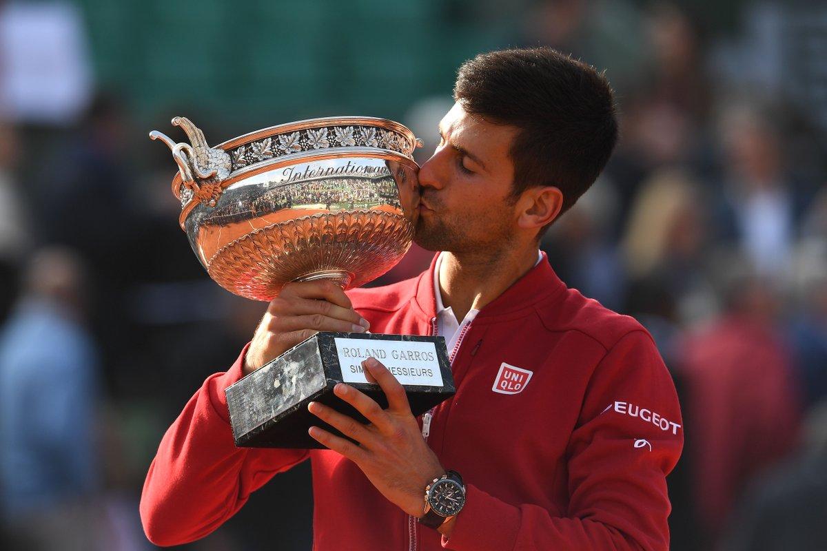 Novak-Djokovic-Roland-Garros-2016-Seiko.jpg