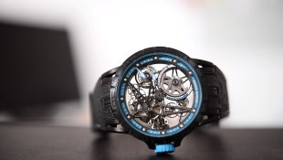 Roger Dubuis Excalibur Spider Pirelli Automatic Skeleton (Ref. RDDBEX0575) - Video İnceleme
