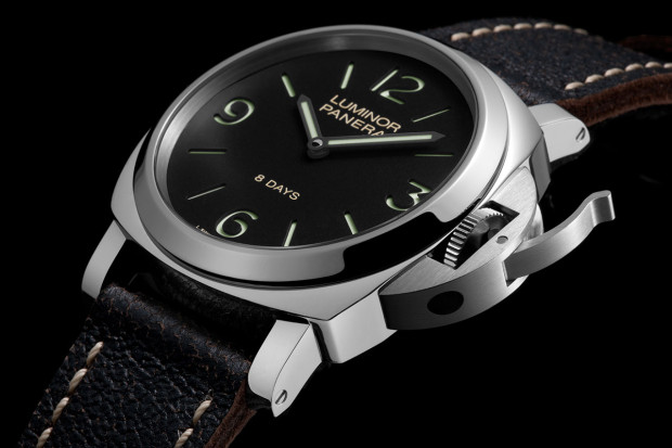 0000000000000_Panerai-Luminor-Base-PAM-560-Watch-Angleview-620x413.jpg