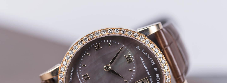 813-043-a-lange-sohne-little-lange-2.jpg