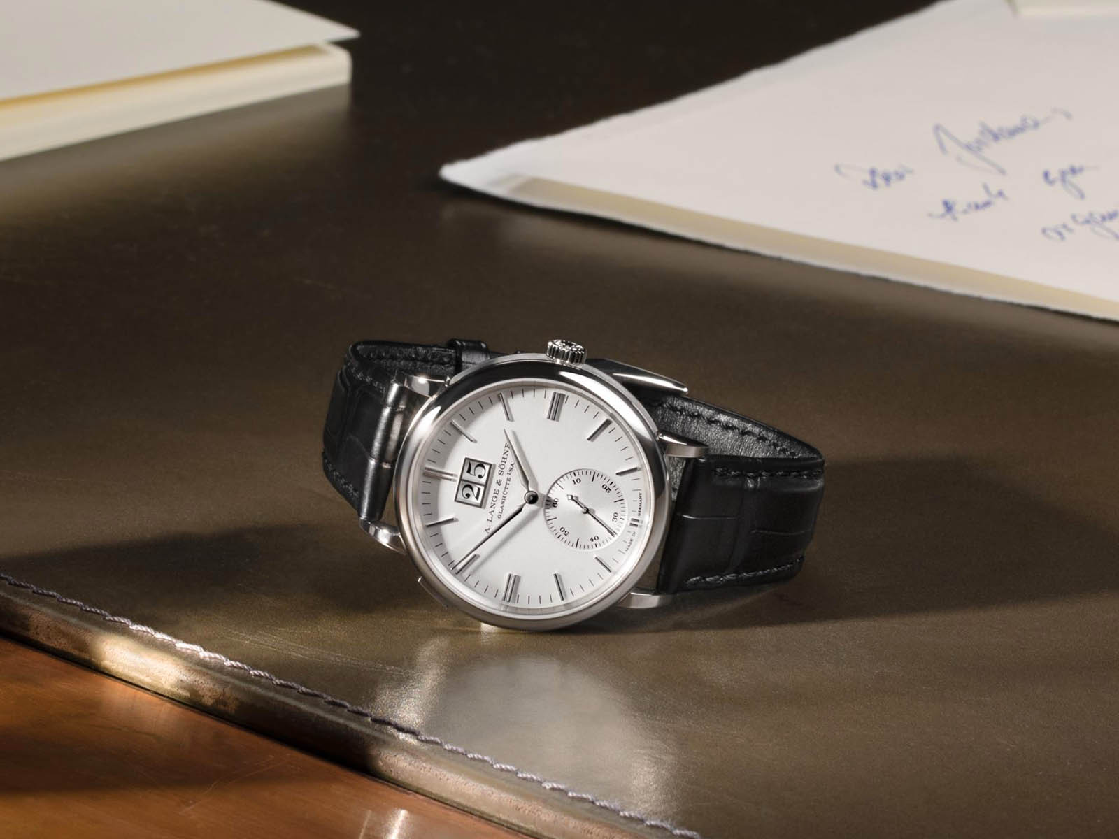 381-026-a-lange-sohne-saxonia-outsize-date-white-gold-1.jpg