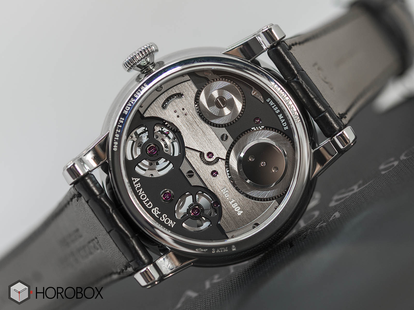 1etas-b01a-c113s-arnold-son-tourbillon-chronometer-no-36-tribute-edition-6.jpg