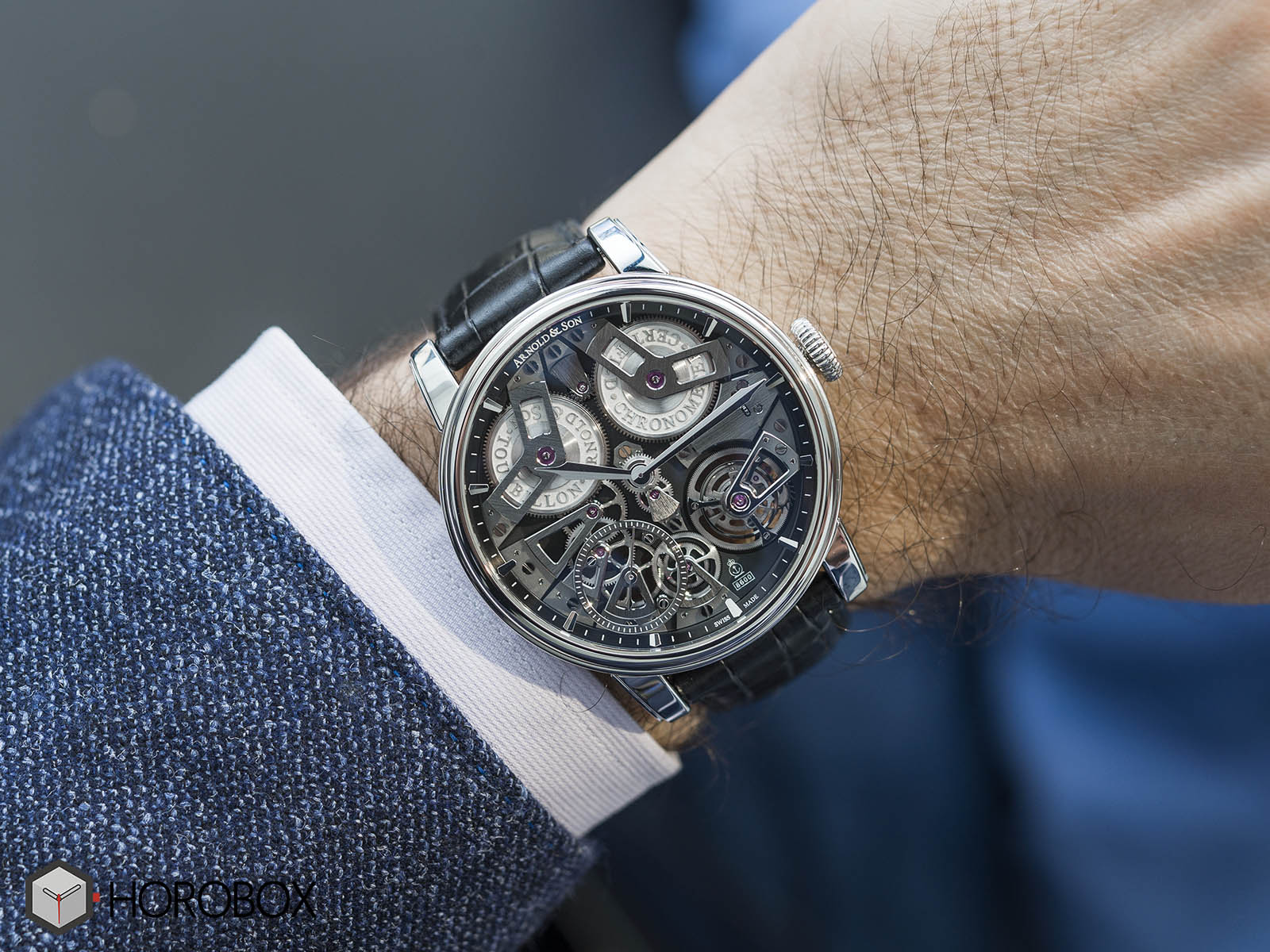1etas-b01a-c113s-arnold-son-tourbillon-chronometer-no-36-tribute-edition-9.jpg