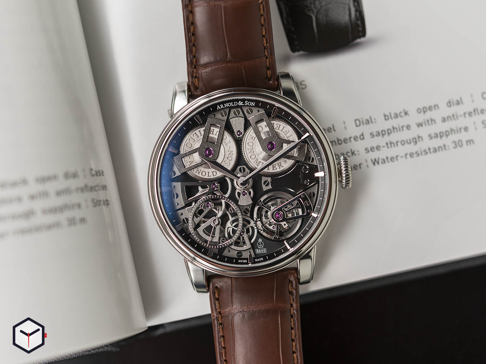 1etas-b01a-c113s-arnold-son-tourbillon-chronometer-no-36-tribute-edition-steel-2.jpg