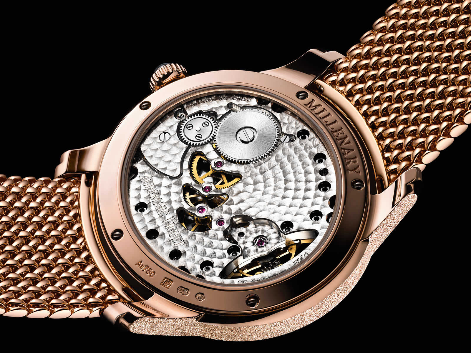 Audemars-Piguet-Frosted-Gold-Opal-Dial-77244OR-GG-A319CR-01-1-Backcase-Original-Sihh2018.jpg