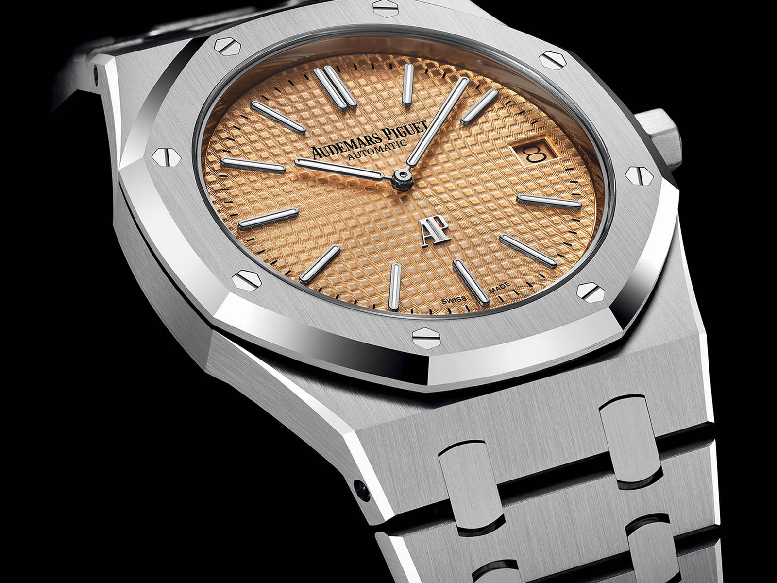 15202bc-oo-1240bc-01-audemars-piguet-royal-oak-jumbo-extra-thin-2.jpg