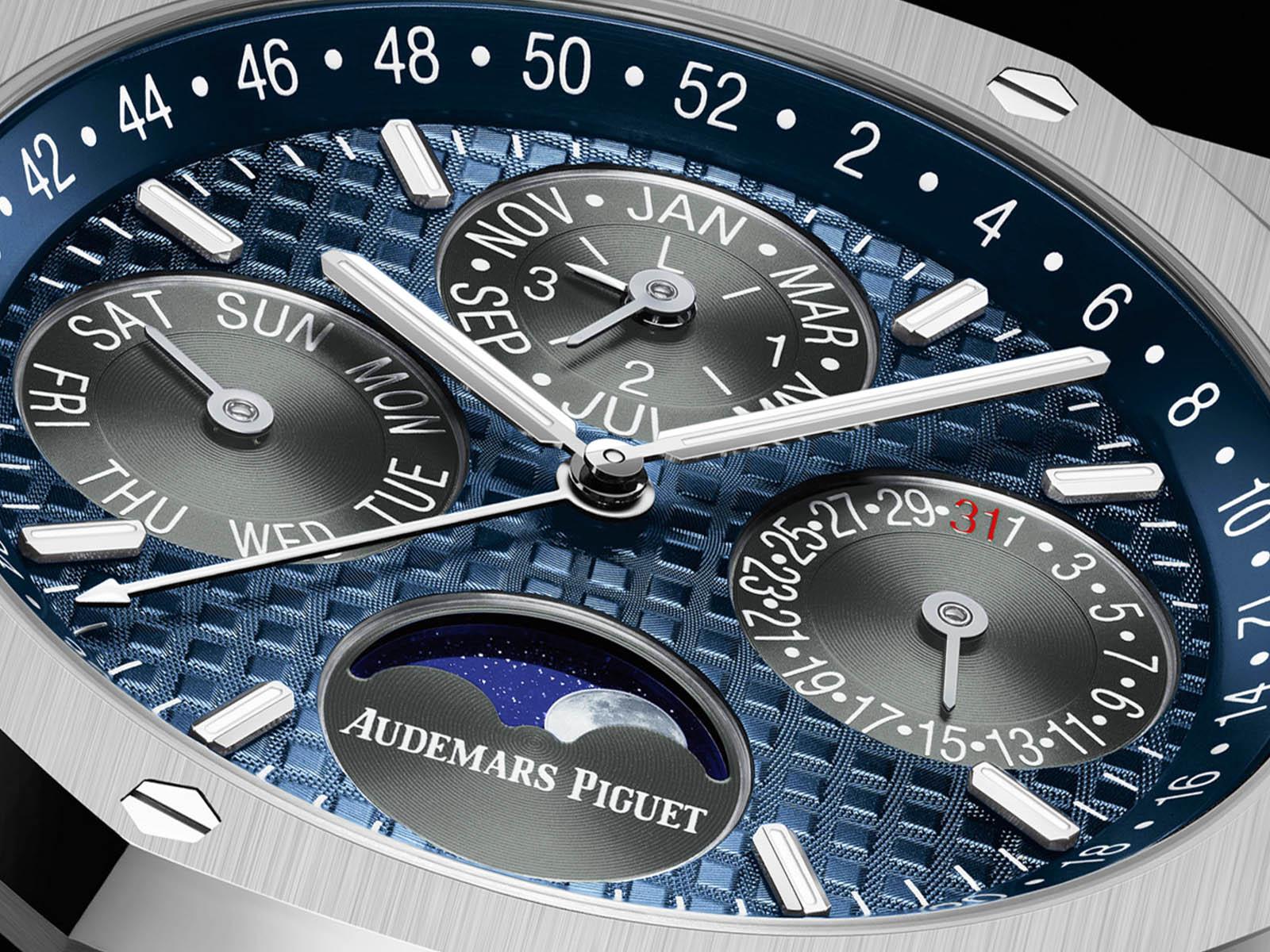 26574ti-oo-1220ti-01-audemars-piguet-royal-oak-perpetual-calendar-titanium-4.jpg
