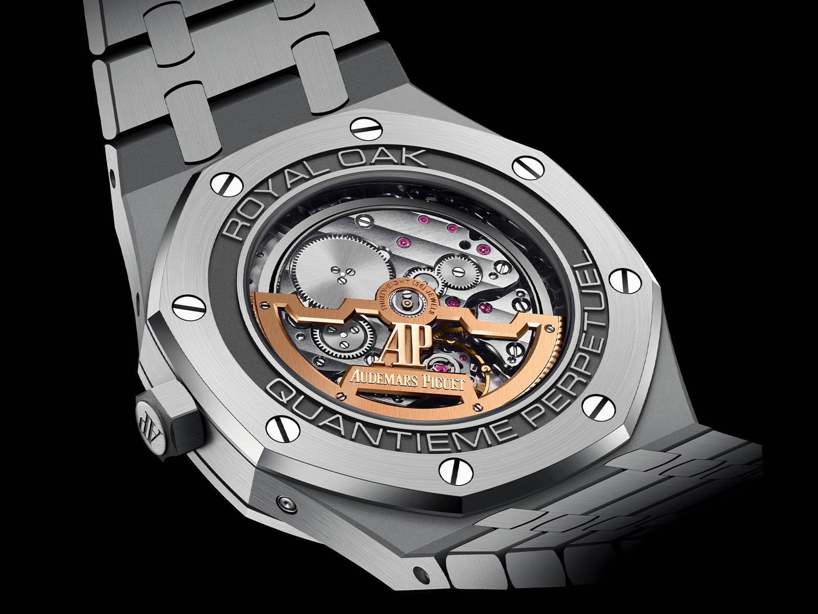 26574ti-oo-1220ti-01-audemars-piguet-royal-oak-perpetual-calendar-titanium-5.jpg