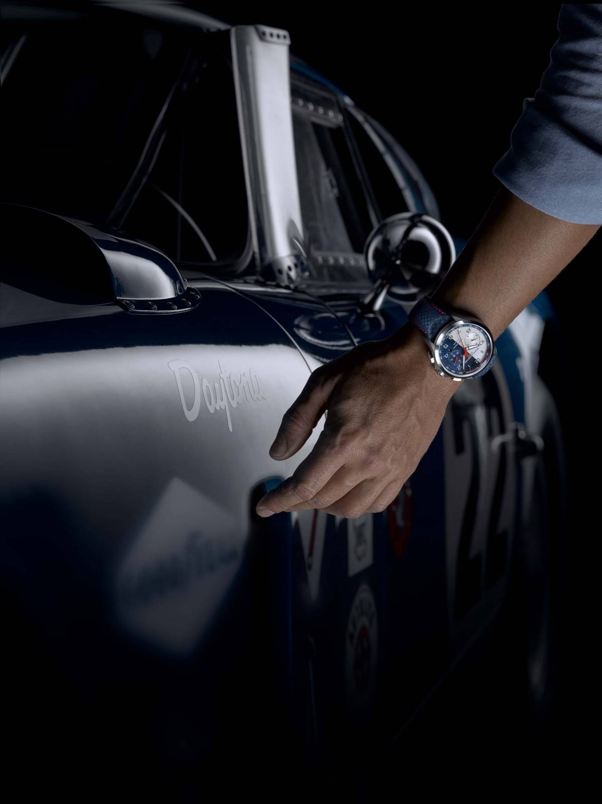 Baume-Mercier-Clifton-Club-Shelby-Cobra-Flyback-Chronograph-5.jpg