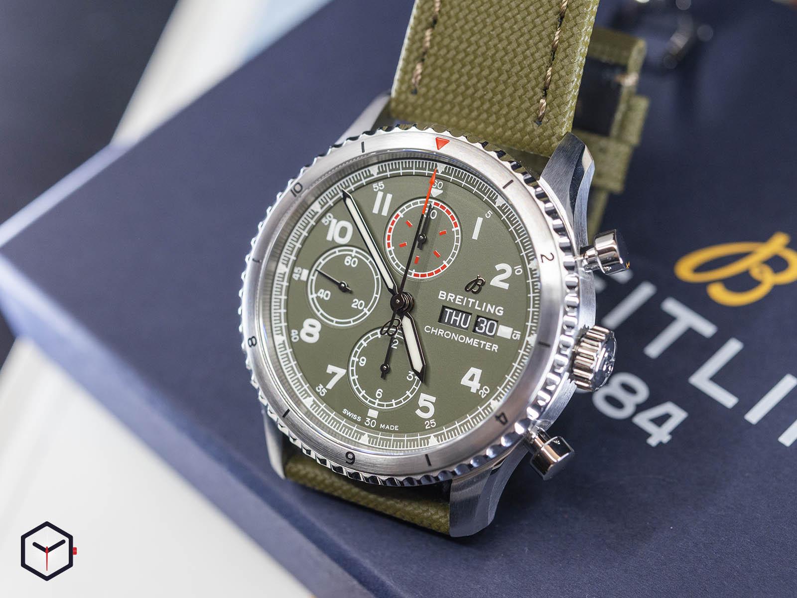 a133161a1l1x1-breitling-aviator-8-chronograph-43-curtiss-warhawk-2.jpg