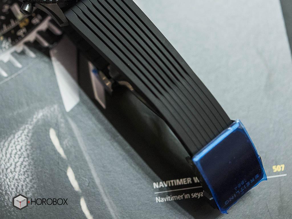 Breitling-Navitimer-46-Blacksteel-6.jpg