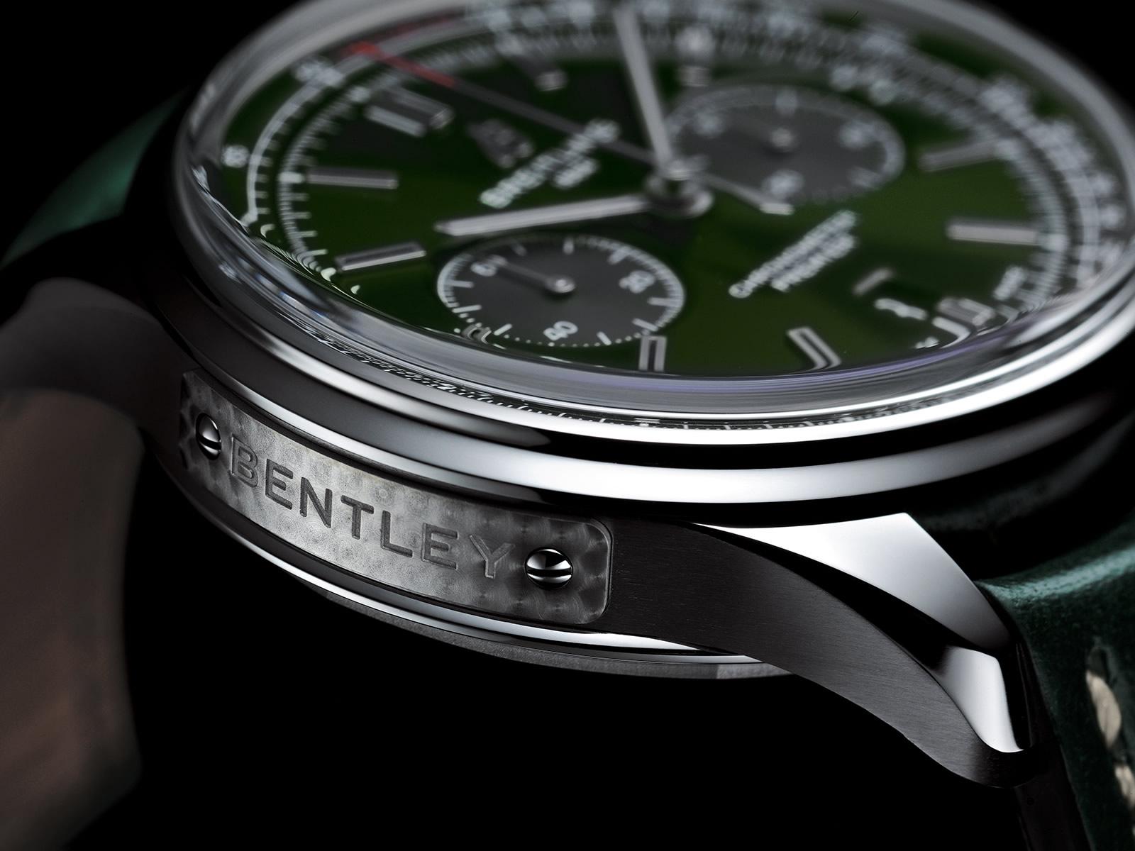 breitling-premier-b01-chronograph-42-bentley-british-racing-green-with-a-british-racing-green-leather-strap-5-.jpg