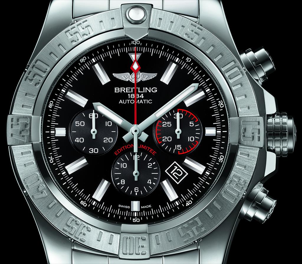 Breitling-Super-Avenger-01-Boutique-Edition-11.jpg