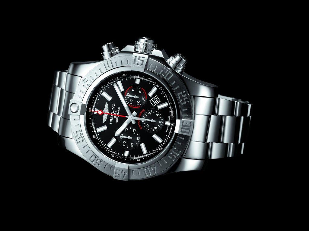 Breitling-Super-Avenger-01-Boutique-Edition-14.jpg