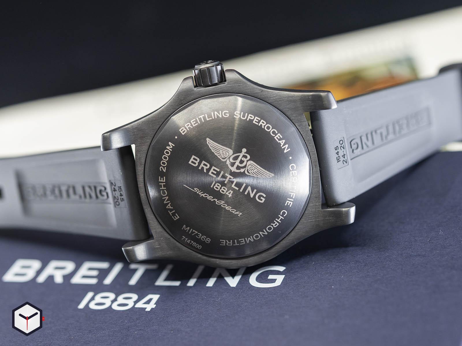 m17368b71b1s1-breitling-superocean-automatic-46-black-steel-4.jpg