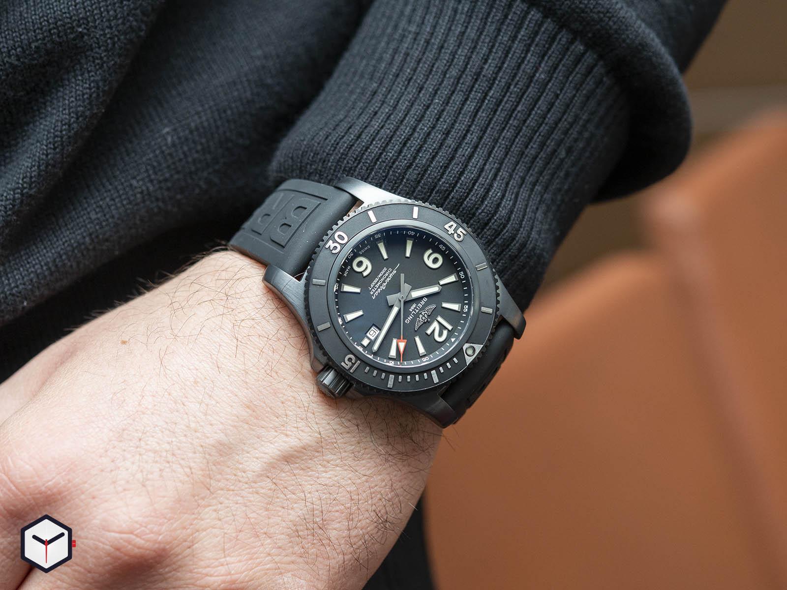 m17368b71b1s1-breitling-superocean-automatic-46-black-steel-6.jpg