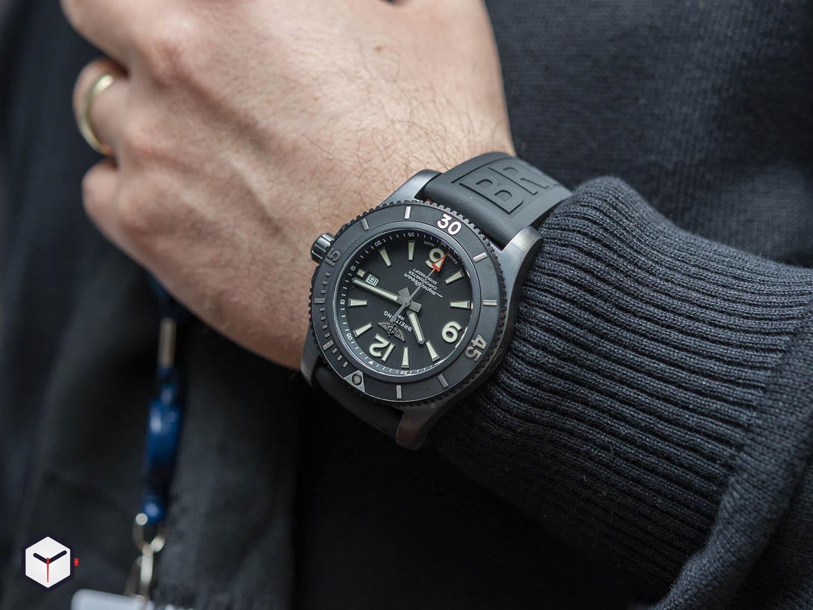 m17368b71b1s1-breitling-superocean-automatic-46-black-steel-7.jpg