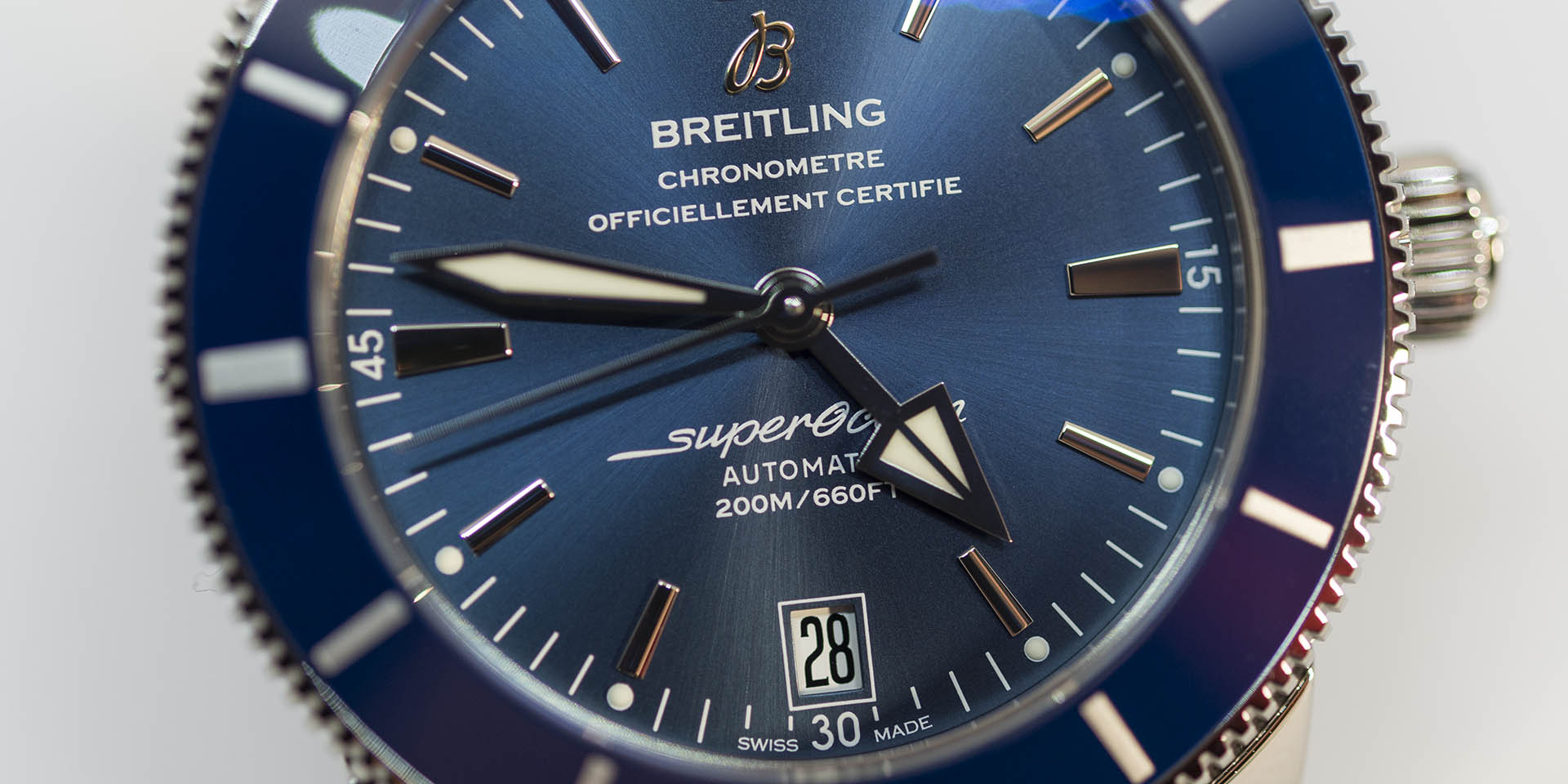 ab201016-c960-154a-breitling-superocean-heritage-2-b20-automatic-42-stainless-steel-gun-blue-1.jpg