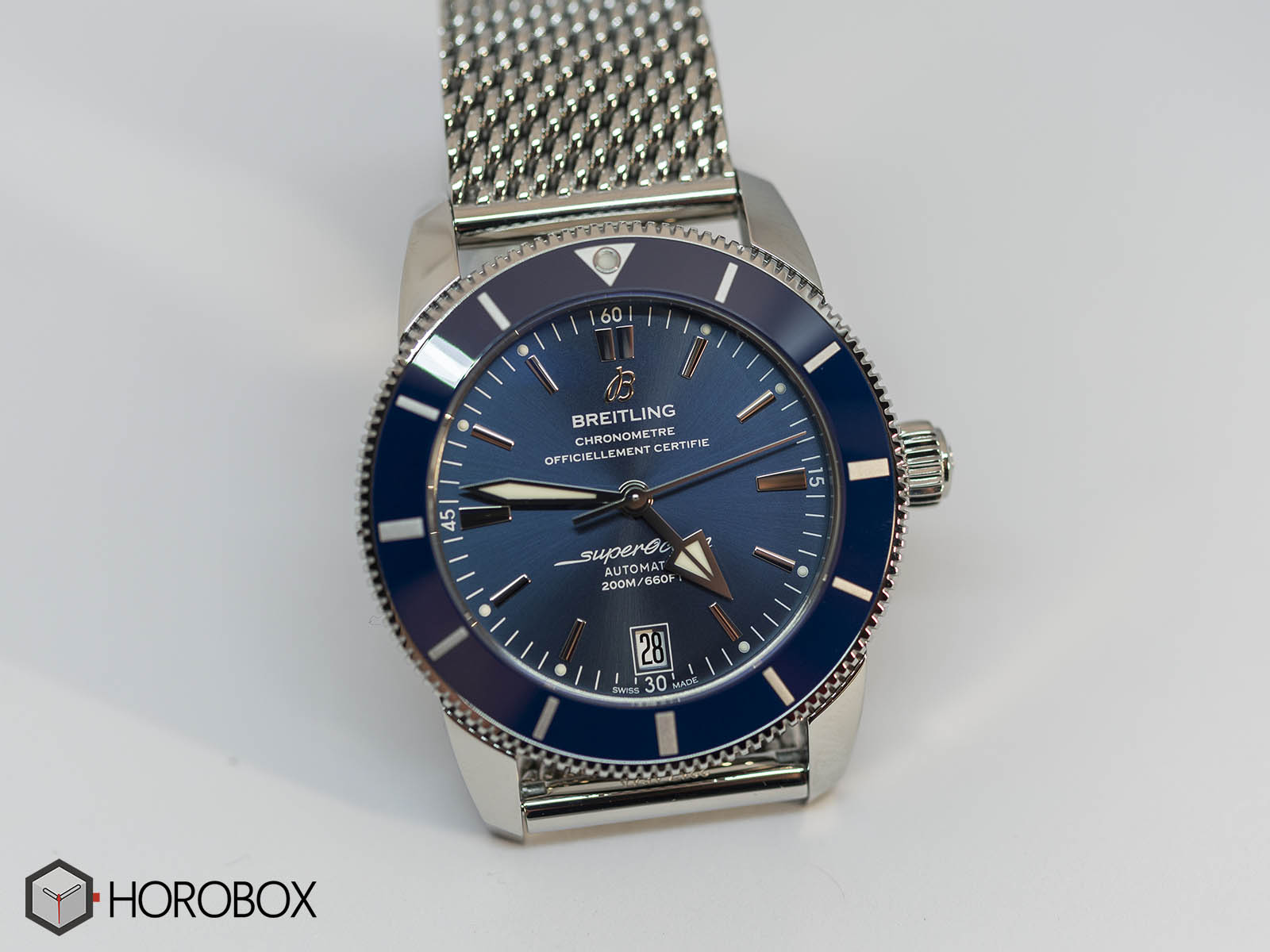 ab201016-c960-154a-breitling-superocean-heritage-2-b20-automatic-42-stainless-steel-gun-blue-2.jpg