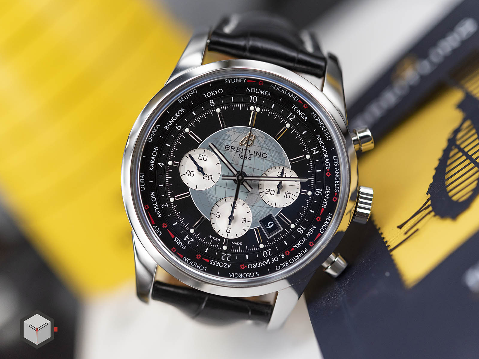 ab0510u4-bb62-760p-breitling-transocean-chronograph-unitime-4.jpg