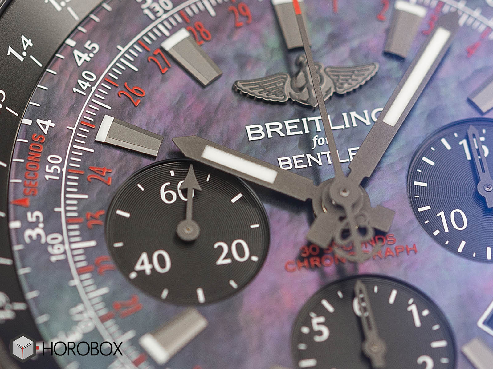 Breitling-for-Bentley-B06-Midnight-Carbon-2.jpg