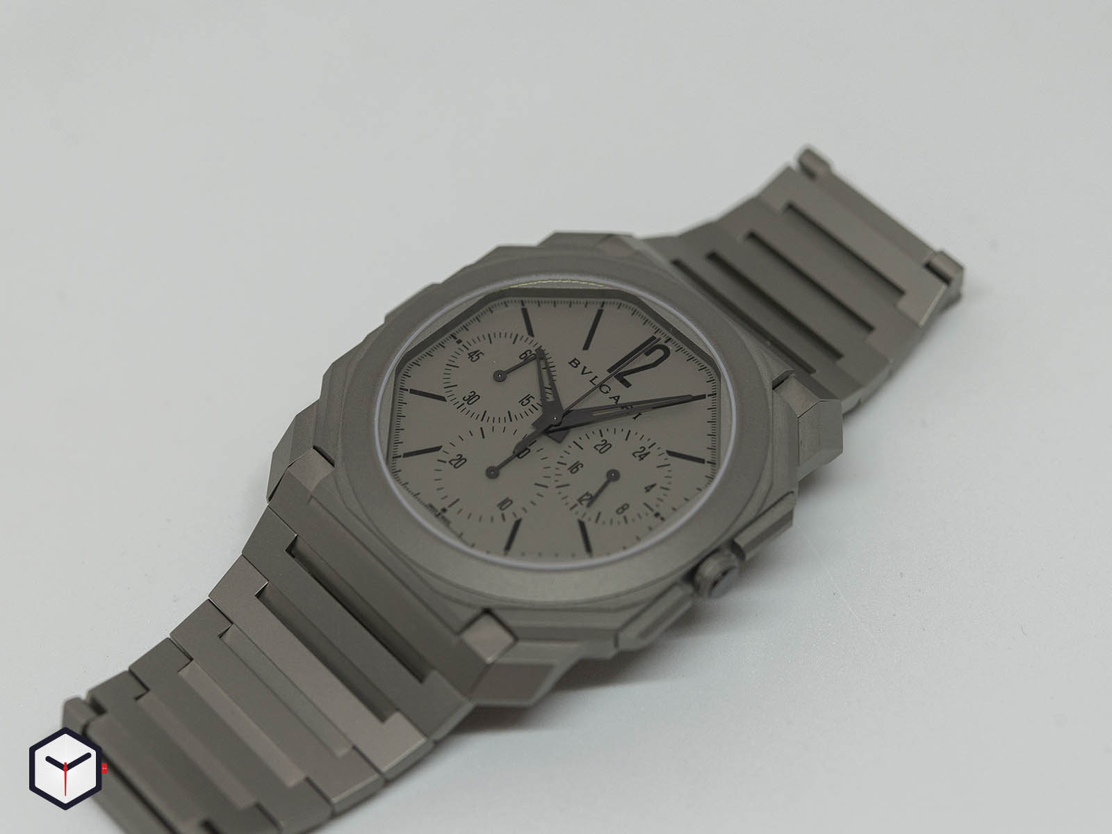 103068-bulgari-octo-finissimo-chronograph-gmt-automatic-baselworld-2019-2.jpg