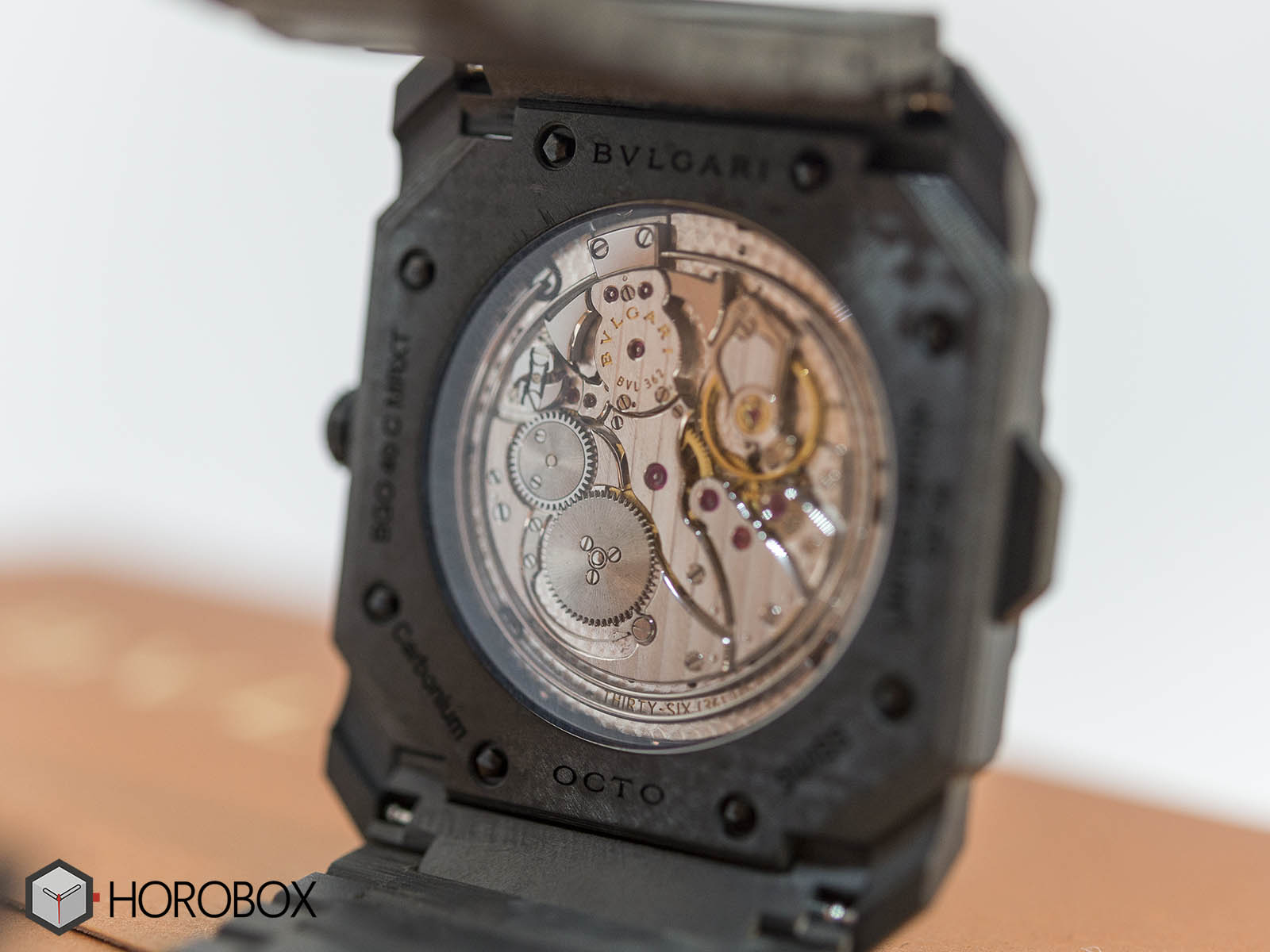 bulgari-octo-finissimo-minute-repeater-carbon-7.jpg